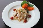 Салат «Корейская морковь и белый редис»