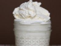 Изысканное медовое мороженое