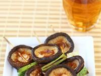 Японские грибы  шиитаке