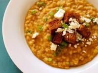 Суп из чечевицы и шпината